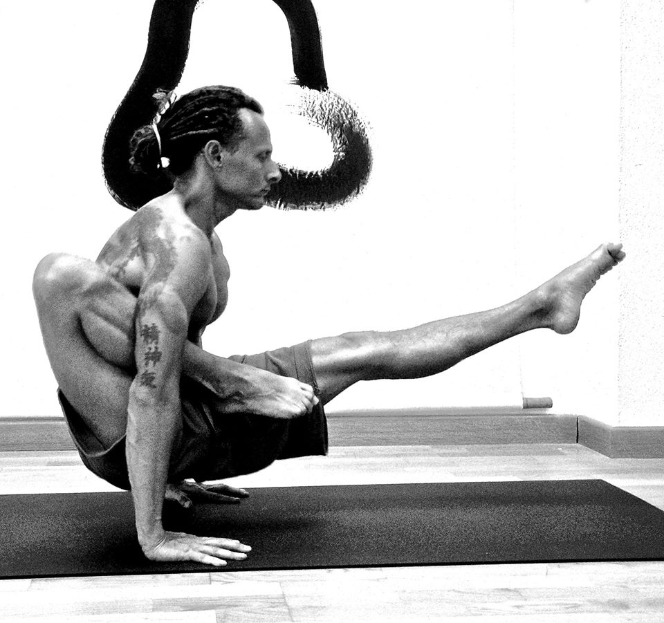 Currículum de Ricardo Ferrer   Formación Yoga